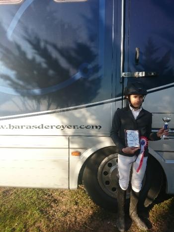 Arthur gagne l'épreuve jeune à Angoulême